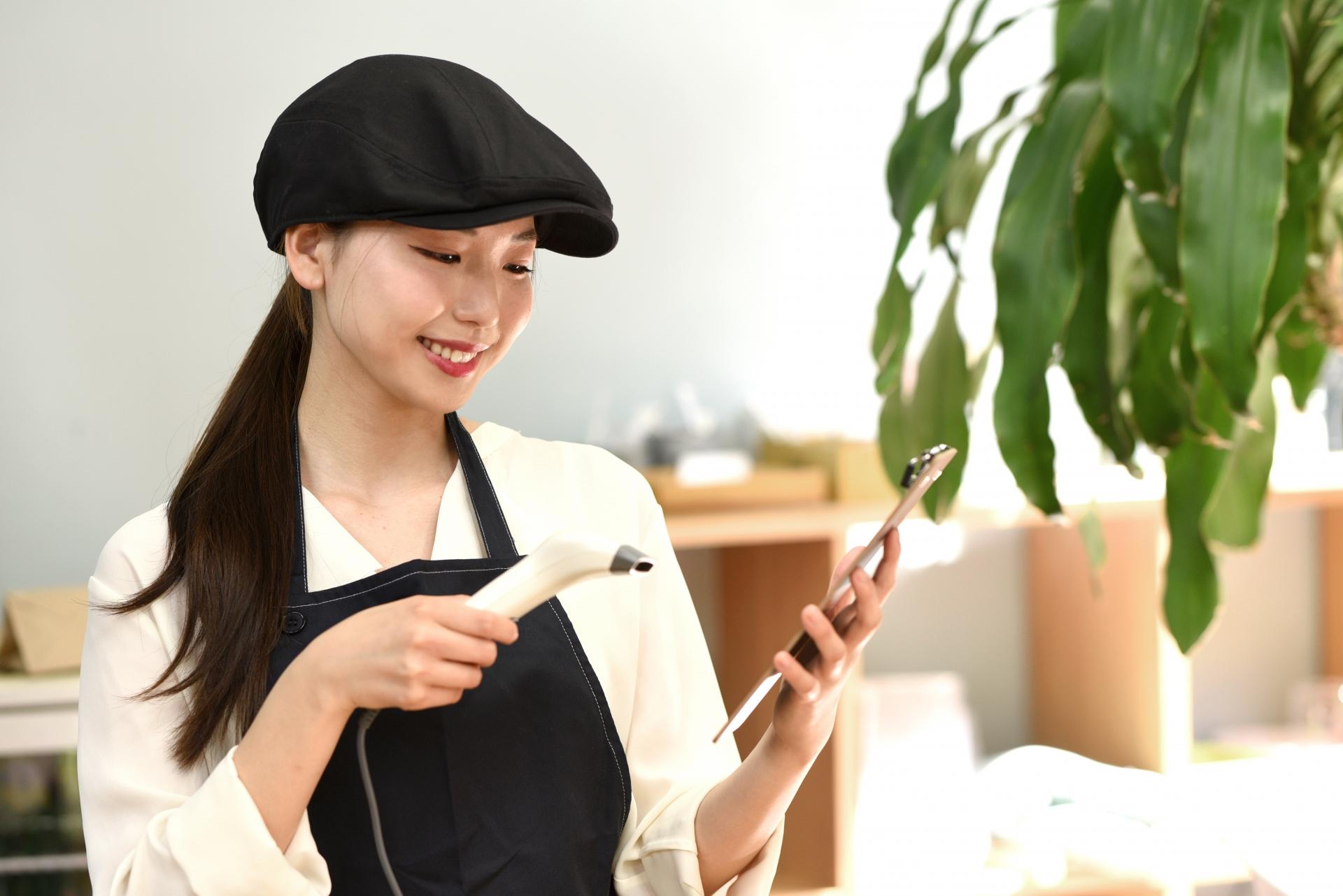 カフェのスタッフのイメージ